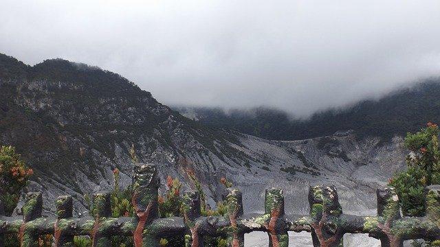 Gunung_Tangkuban_Perahu