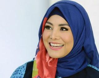 Download Kumpulan Lagu Dangdut Cici Paramida TERLENGKAP Mp Download Kumpulan Lagu Dangdut Cici Paramida TERLENGKAP Mp3