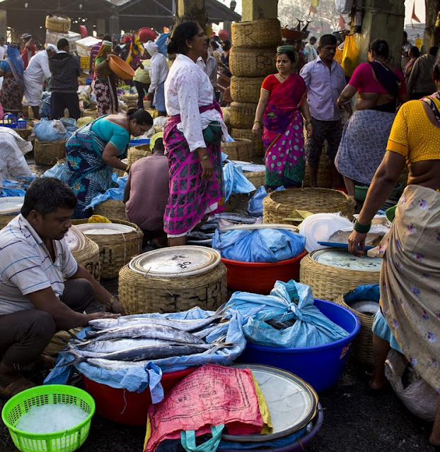 fish market, fish, baskets, fisherfolk, traders, sassoon docks, mumbai, incredible india, sorted,