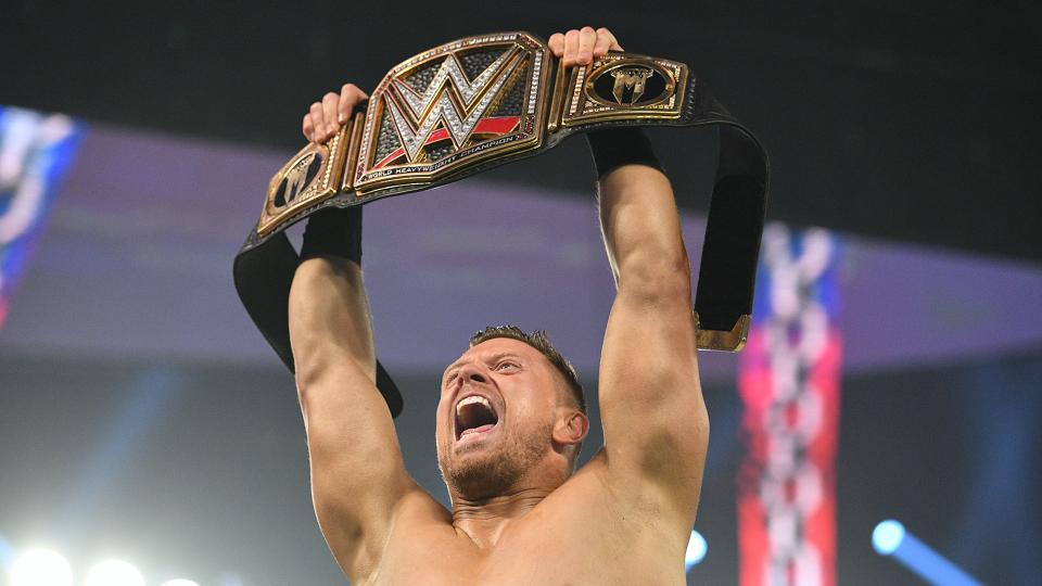 The Miz faz o cash-in do Money in the Bank e conquista o WWE Championship