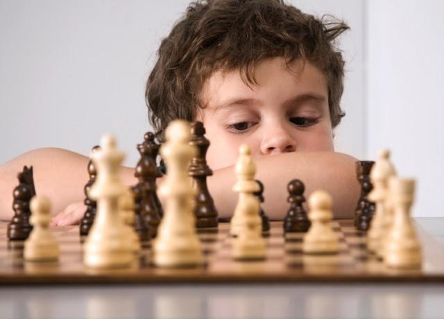 هل يجعلك الشطرنجُ أكثر ذكاءً