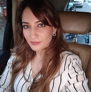 Rakshanda Khan