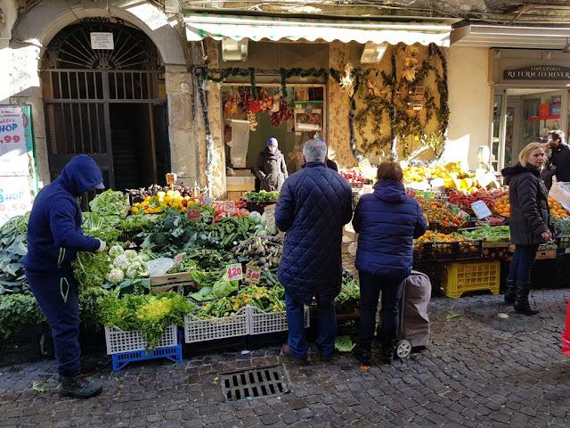 Mercato-Rione Vergini-Napoli
