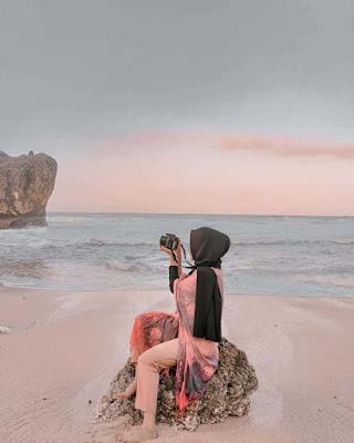 Spot foto di Pantai Ngrawe