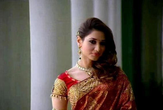 Tamanna Bhatia In Saree: Tamanna In Saree Photoshoot Pics