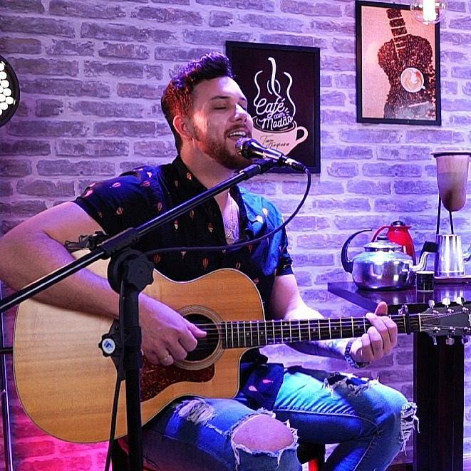 ReZenha Musical recebe Tiago Junqueira