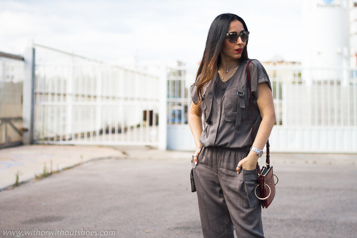 a24ddccee Streetstyle: Mono cargo color khaki y bolso Chloé | With Or Without ...