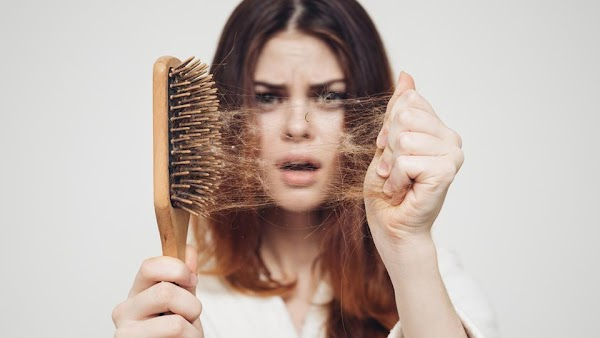 झड़ते बालों को रोक देंगे मेथी के बीज, Hair care tips in Hindi 2019