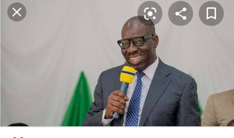 Contributory Pension Scheme: Obaseki presents N19m to seven families of deceased civil servants