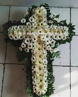 rangkaian bunga salib termurah