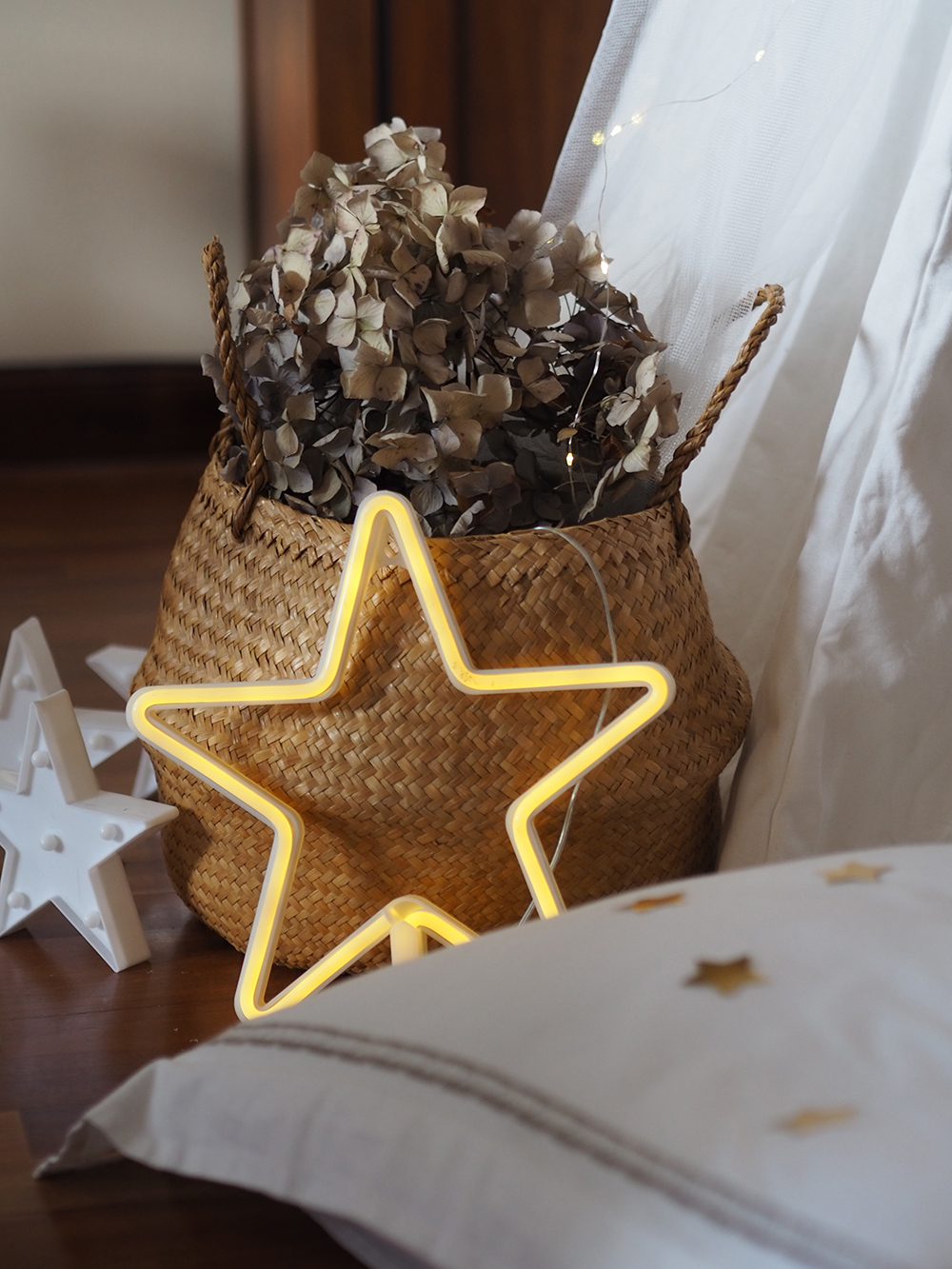Brunch de carnaval con lentejuelas y estrellas_27