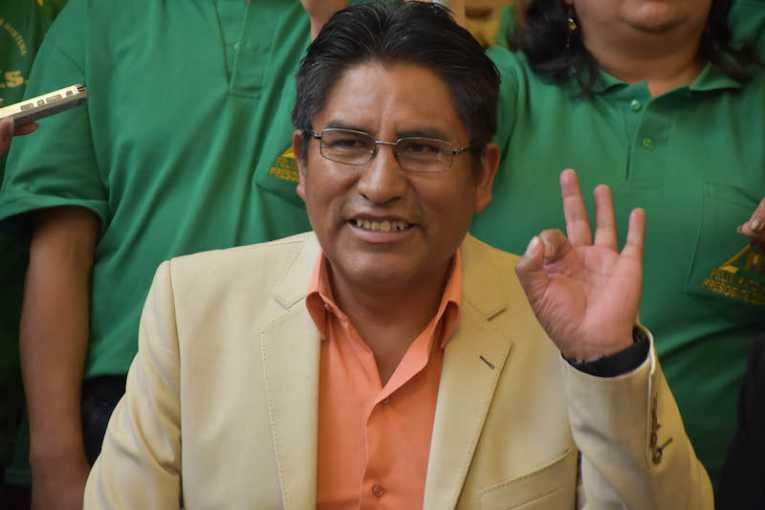 Sin el fallo del TCP, Patzi tendría que renunciar y dejar la Gobernación a la mayoría del MAS en la Asamblea Departamental / RRSS