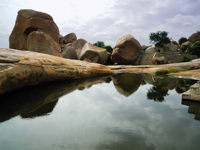 One of the many water cisterns on Hemkuta Hill in Hampi.