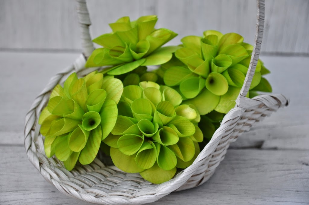 Wooden Dahlias Flowers Made Of Birch Wood Shavings