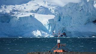 Descubren una estructura geológica antigua oculta que afecta a la barrera de hielo más grande del mundo