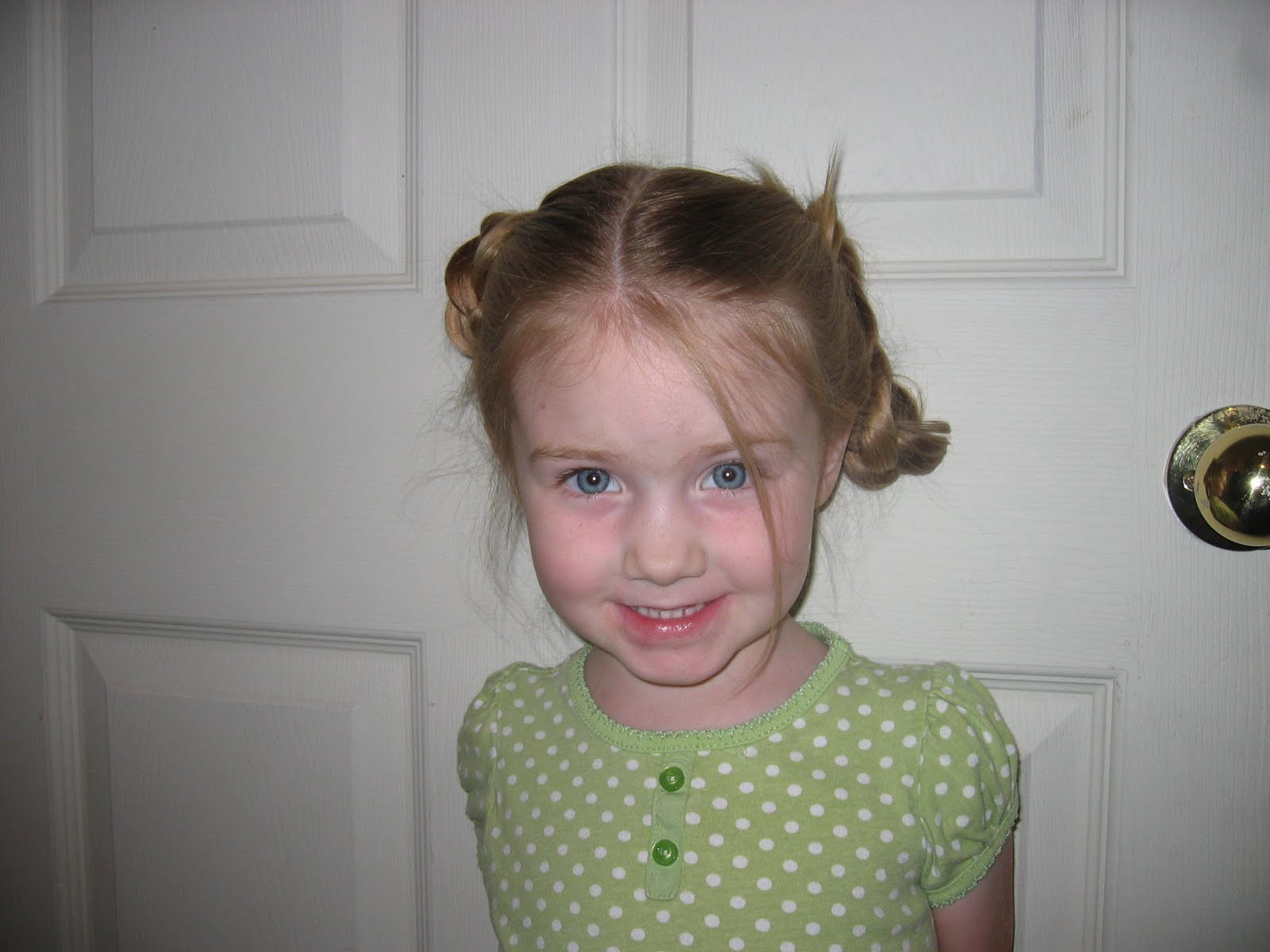 Little Sissy Asked For 2 Pony Tails But That Turned Into Rosie Braids Start With 2 Pony Tails
