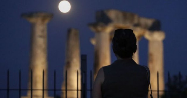 Γιατί η σημερινή ελληνική τραγωδία δεν έχει ούτε κάθαρση ούτε διέξοδο