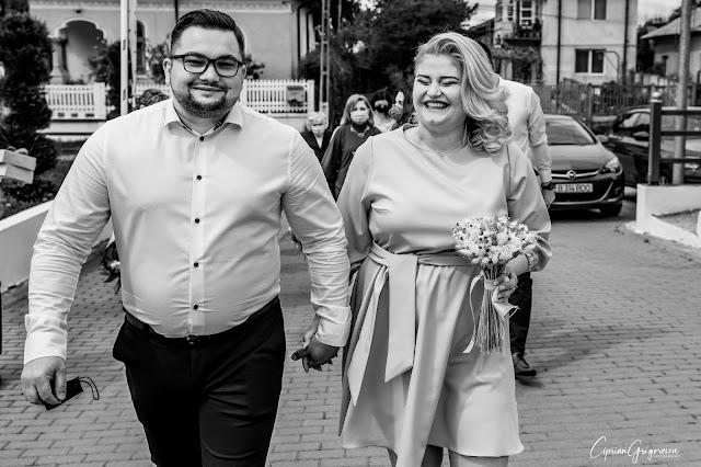 Adriana & Ovidiu - civil wedding