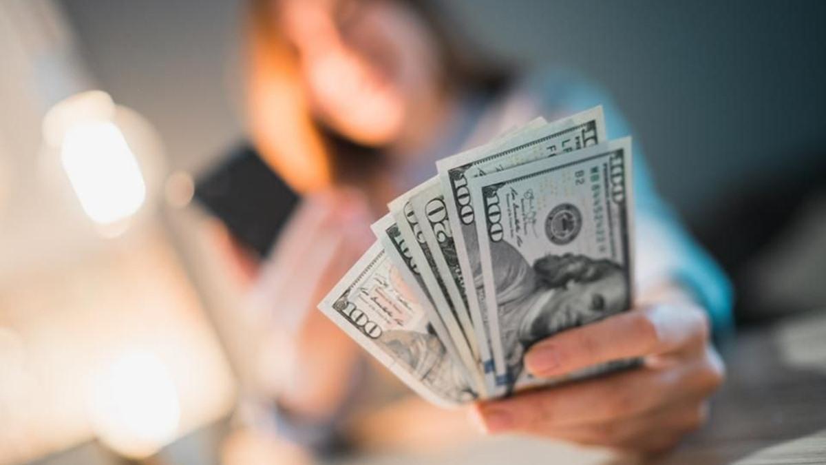 Tips Meraih Untung dari Pasar Valuta Asing