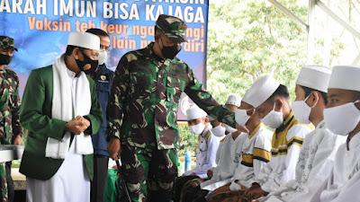Pangdam III/Siliwangi Terjunkan Tim Nakes Kesdam Ke Ponpes Nurul Huda