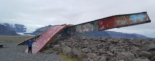 Puente islandés destruido por el río glaciar Skeiðará en 1996.