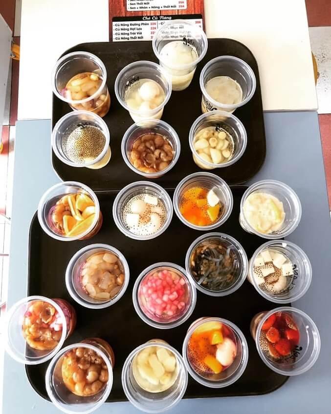 các món chè và bánh tại Chè Thái Ngọc Lan Sa Đéc