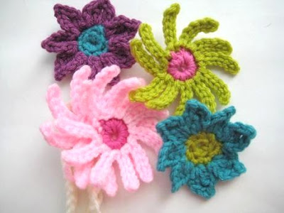 Free Crochet Pattern Flowers Headbands : Crochet Dreamz: Baby Headband with Flowers (Free Crochet ...