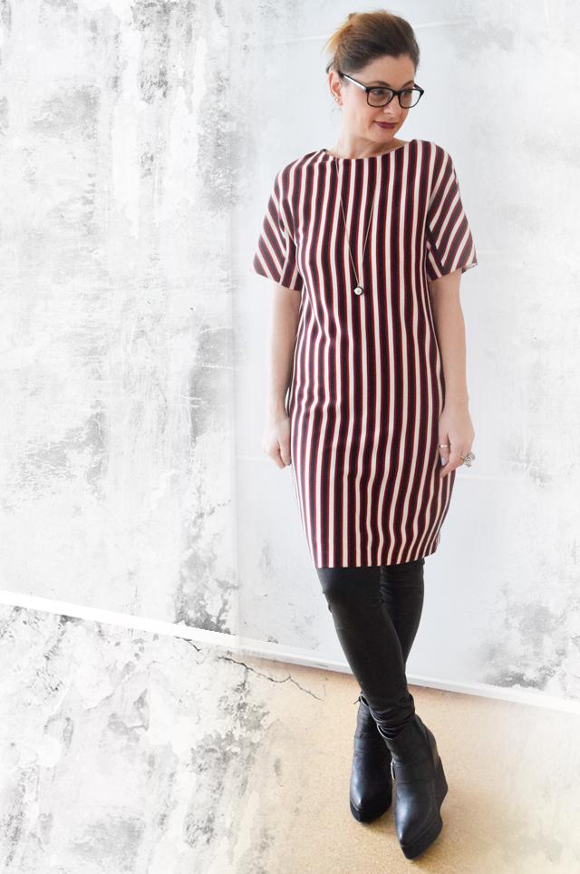 Kleid ueber Hose