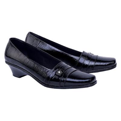 Sepatu Pantofel Wanita Catenzo ED 001