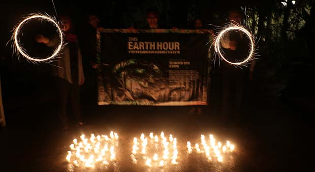 The Papandayan Berpartisipasi pada Earth Hour 2019