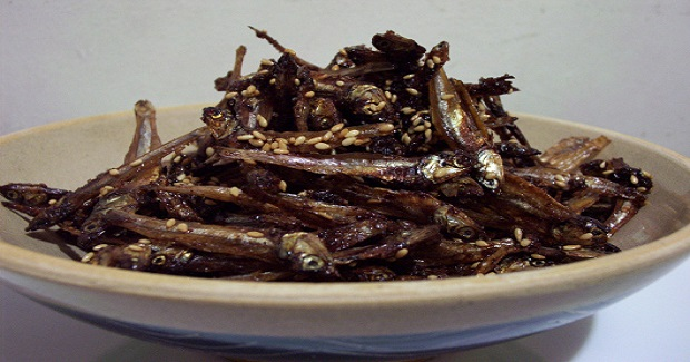 Spicy-Sweet Anchovies (Dilis) Recipe