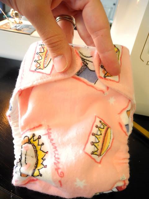 Cloth Diaper Free Pattern & Tutorial