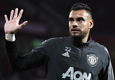 Transfer: Man United goalkeeper bids farewell to teammates, club staff
