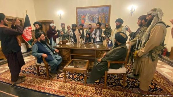 Taliban Mulai Pimpin Afghanistan, Ampuni Semua Pejabat Pemerintahan