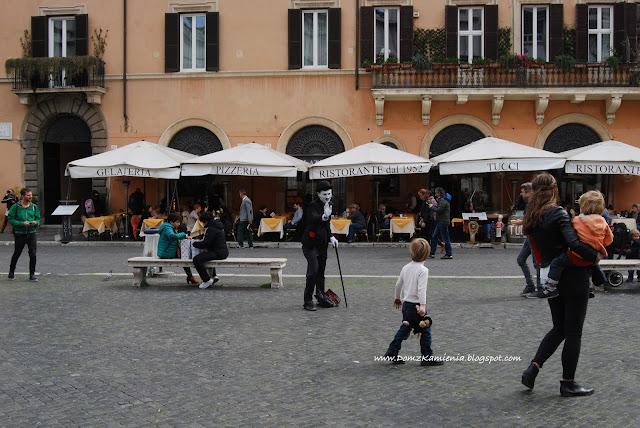 Mim na Piazza Navona