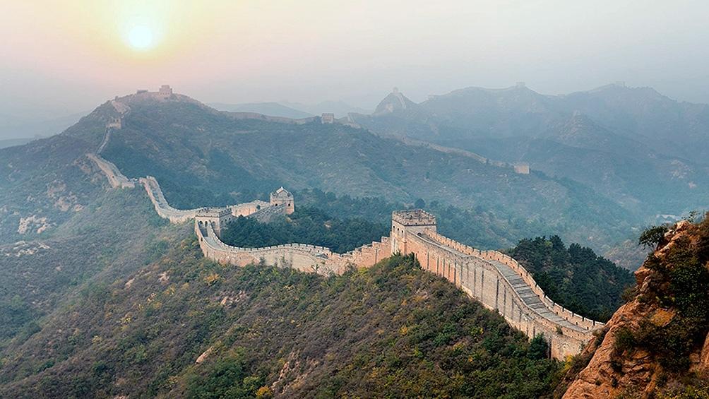 China flexibiliza restricciones en Hubei y reabre la Muralla China y la Ciudad Prohibida