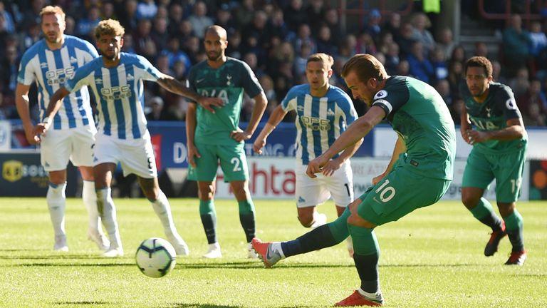 Harry Kane Scores a Penalty