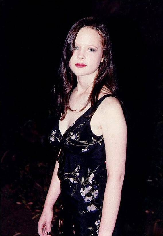 adult-amature-thora-birch-american-beauty-pics-girls-pool