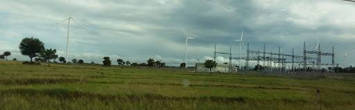 instalasi pembangkit listrik di kejauhan