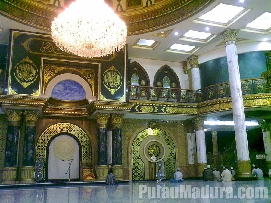 Masjid Syaichona Moh Kholil