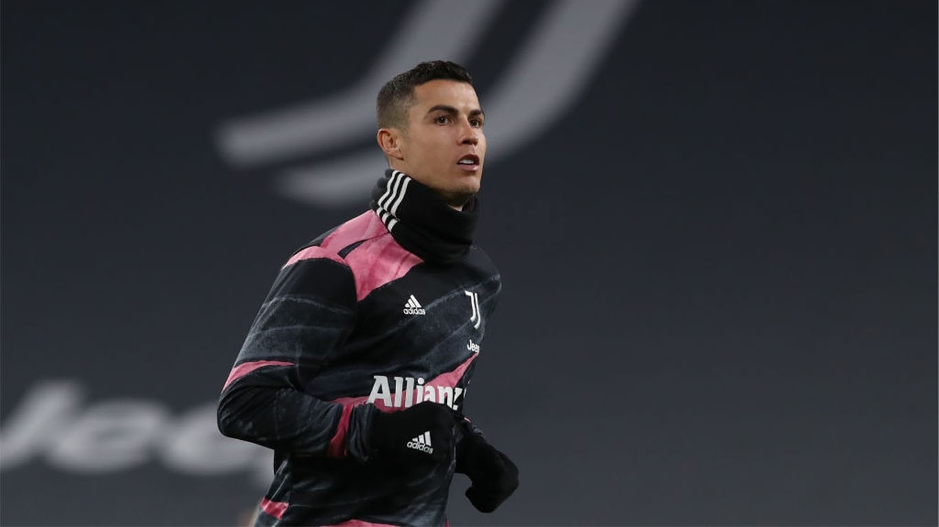 cristiano-ronaldo-of-juventus-during-the-warm-up-prior-to-news-photo