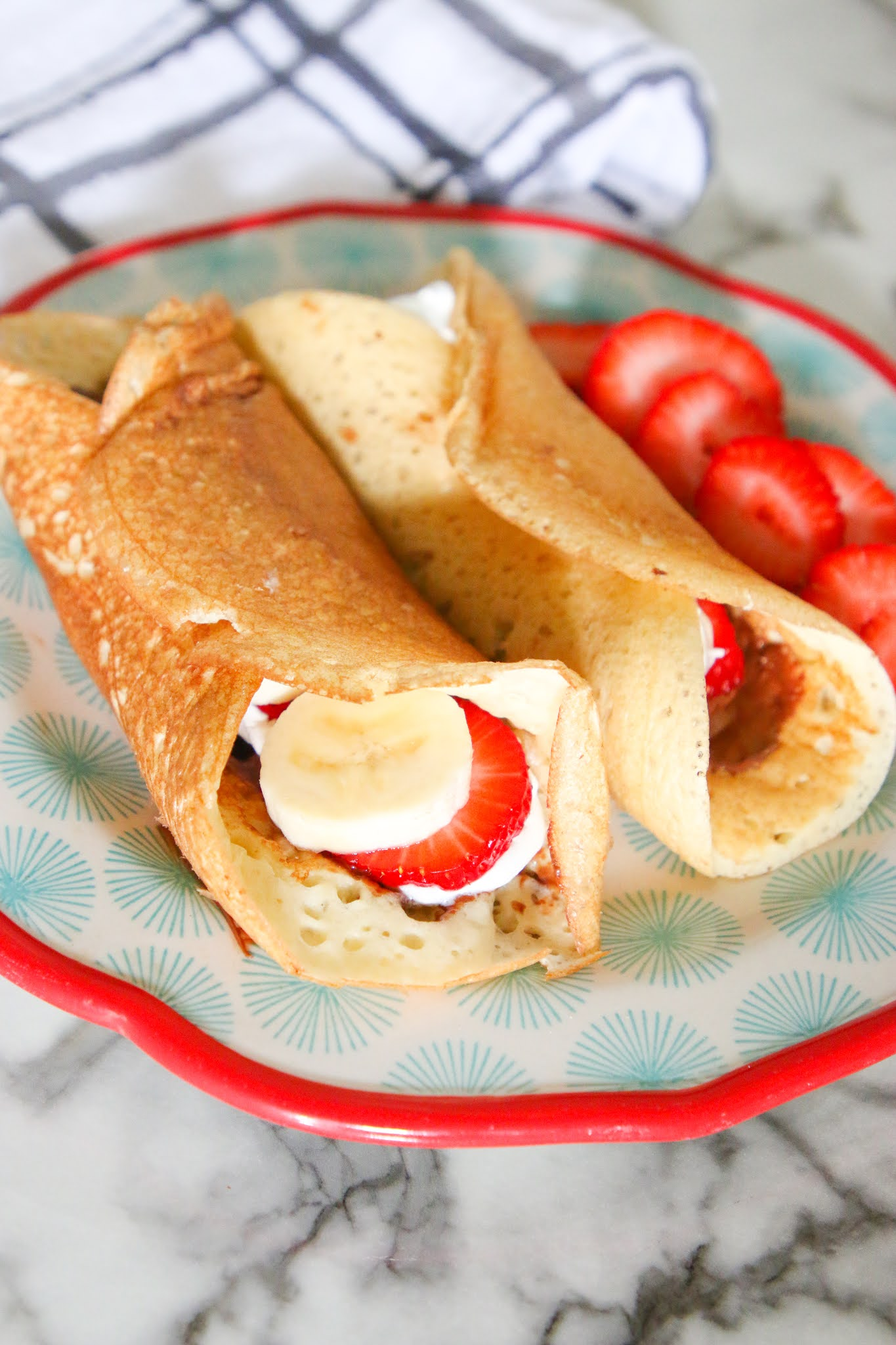How to make crepes with pancake mix. Easy crepe recipe. Holiday breakfast ideas. Weekend breakfast ideas. French breakfast ideas. How to make crepes with Krusteaz pancake mix. How to make crepes with just add water pancake mix.#breakfast #food #crepes #frenchcooking