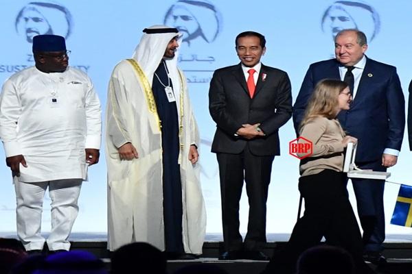 Presiden Jokowi: Indonesia Berperan Penting dalam Pembentukan Energi Masa Depan Terbarukan