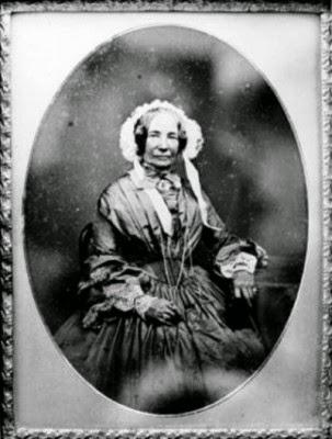 Αικατερίνη Πλέσσου (εκ Πλαισίου Θεσπρωτίας) Κράμερ  Η πρώτη Ελληνίδα που βρέθηκε στην Αυστραλία