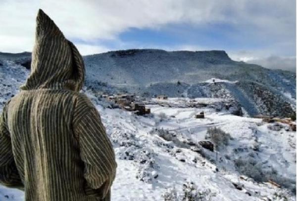 مطالب باستغلال الثلوج المتساقطة بالمناطق الجبلية في السياحة عوض بلاغات الكآبة وخطاب الجنائز