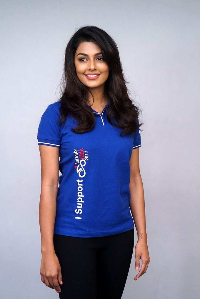 Beautiful Telugu Girl Anisha Ambrose Long Hair In Blue T shirt Jeans