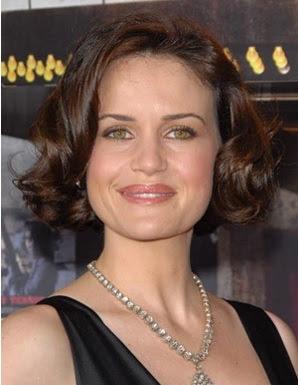 gaya rambut pendek ikal 2007