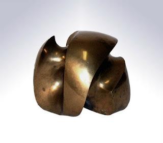 Harry Abend Forma. 1961. Fundición bronce pulido. 17 x 20 x 19 cm. GAN
