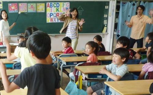 Người Nhật và triết lý giáo dục không trường chuyên lớp chọn