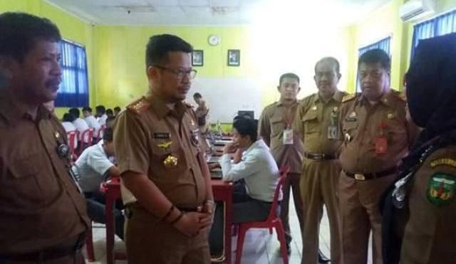 Kunjungi 2 Sekolah di Belopa, Kadisdik Sulsel Apresiasi Pelaksanaan UNBK di Luwu